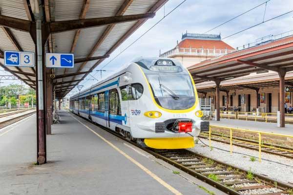 Gradsko-prigradski elektromotorni vlak