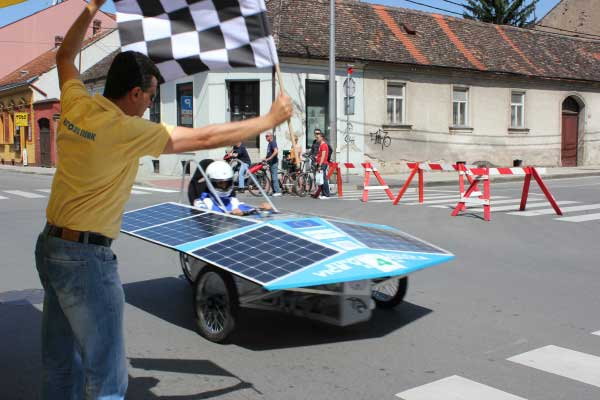 Utrka solarnih automobila SOELA