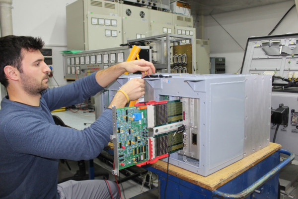 КОНЧАР – Электроника и информатика (ИНЭМ) поставило зарядители батарей на рынок Египта