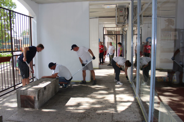 KONČAR employees refurbishing the terrace of Voltino Library in Zagreb